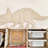 Har du barn som er opptatt av dinosaurer? 🦕🦖Våre dinosaur nyheter til barnerommet kommer snart i nettbutikken!www.annamor.no