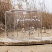 Planlegger du konfirmasjon over sommeren?Våre personlige bokser for gavekonvolutter er blitt en favoritt til gavebordet ✅www.annamor.no . foto @littlemiphotography